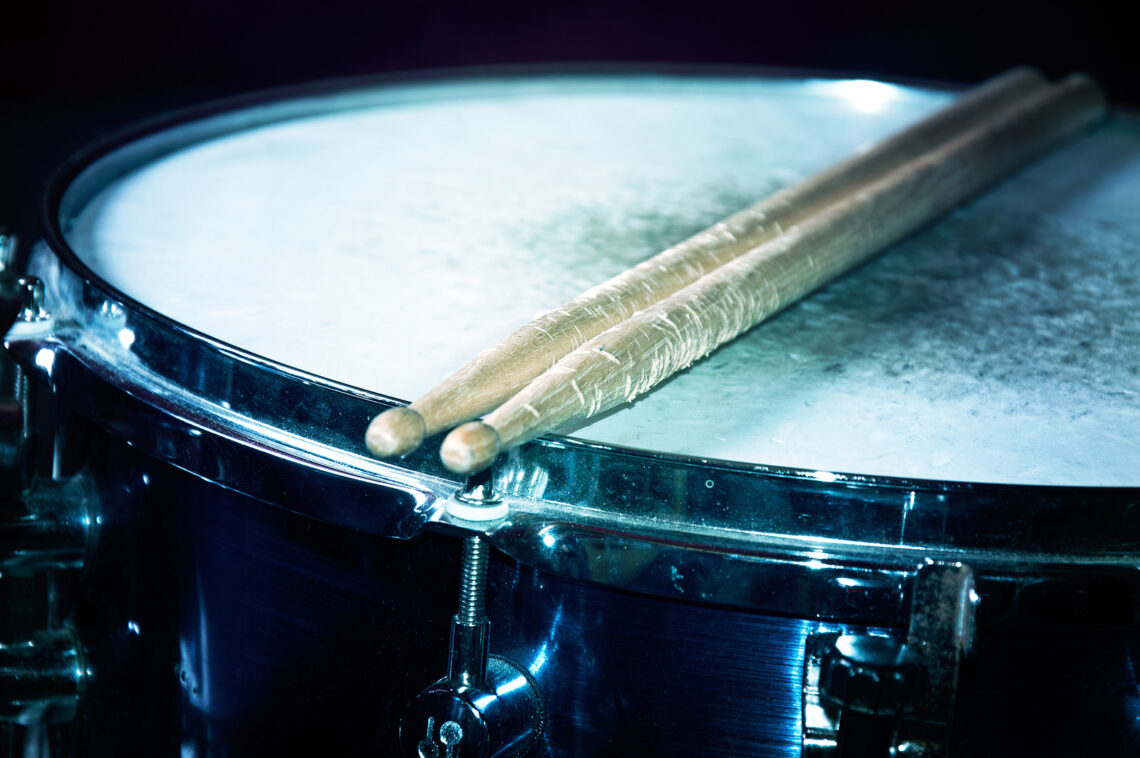 Play-Drums-With-Free-Professional-Backing-Tracks-feature-image